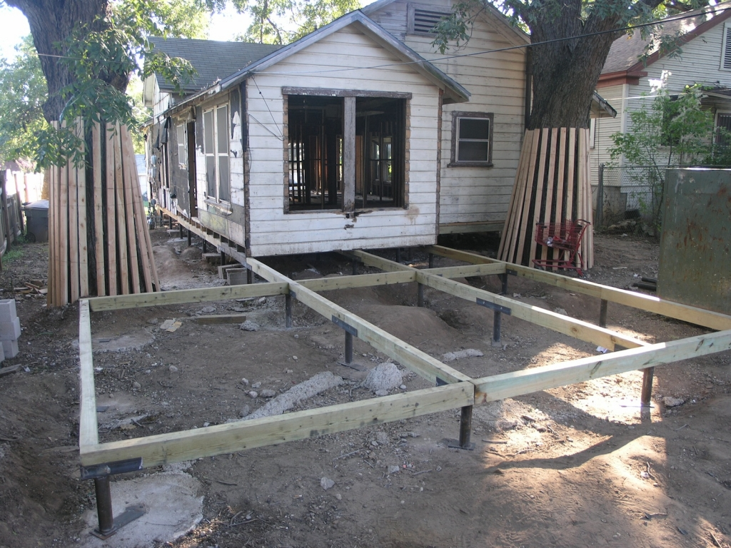 Check out our quality foundation repair photo gallery for How to build a pier and beam foundation